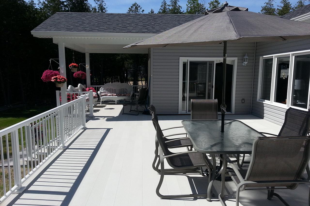 Aluminum Deck Boards and Railing